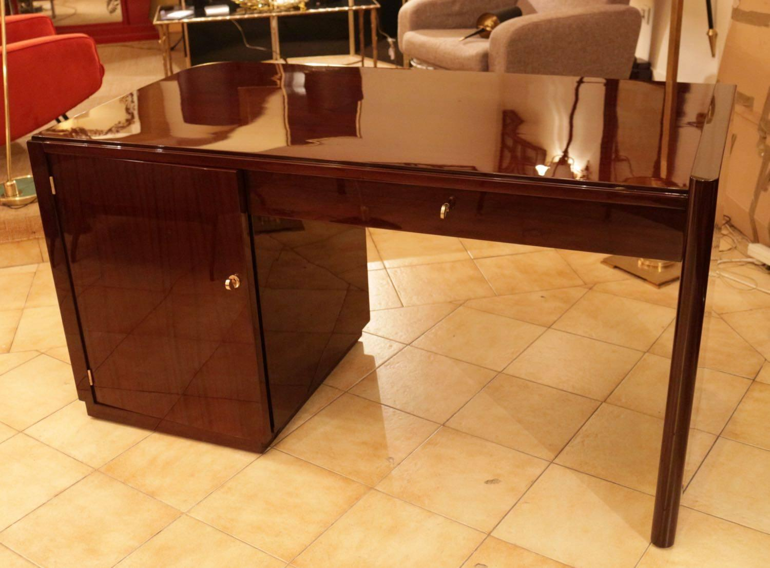 Modernist art deco desk for sale at 1stdibs for Bureau professionnel design