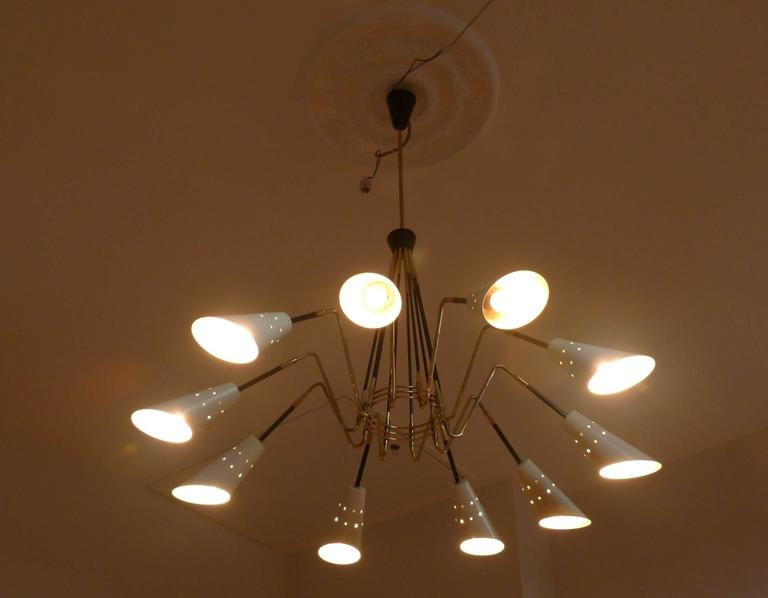 1950s Ten Lights Italian Chandelier In Excellent Condition For Sale In Saint-Ouen, FR