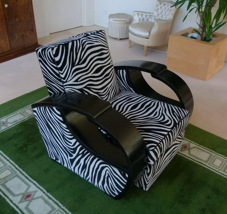 Pair of Large Art Deco Armchairs in Black Lacquer In Excellent Condition For Sale In Saint-Ouen, FR