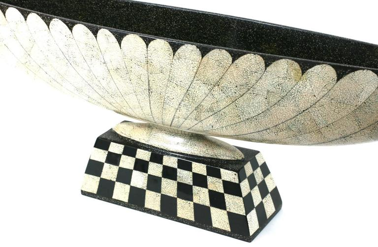 Art Deco Revival Lacquer and Eggshell Tazza In Excellent Condition For Sale In Riverdale, NY