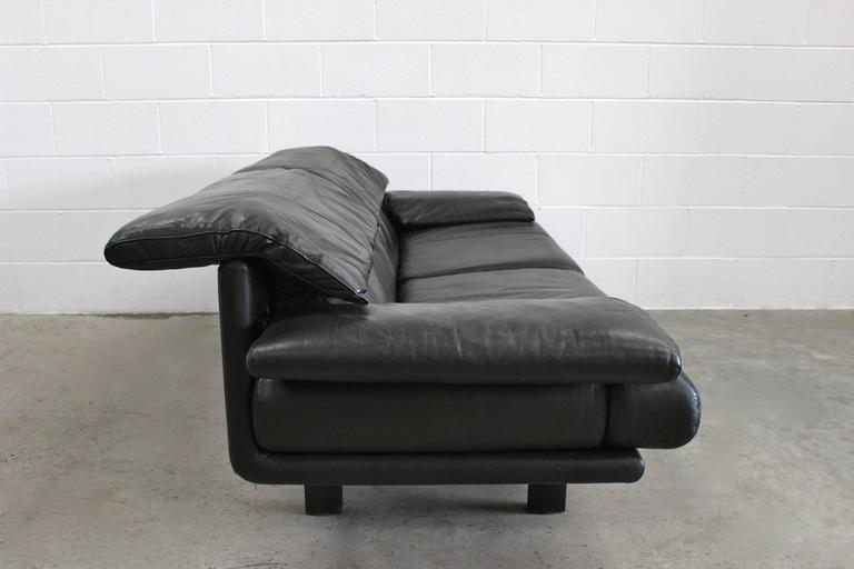 "B&B Italia ""Alanda"" Two-and-a-Half-Seat Sofa in Black Leather by Paolo Piva 7"