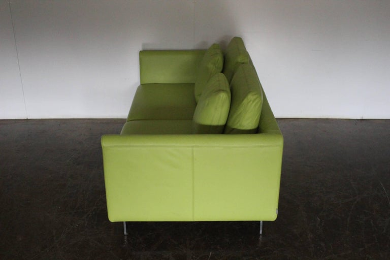 """Pair of Walter Knoll 2.5-Seat Sofa in Pristine Lime-Green """"Pelle"""" Leather 1"""