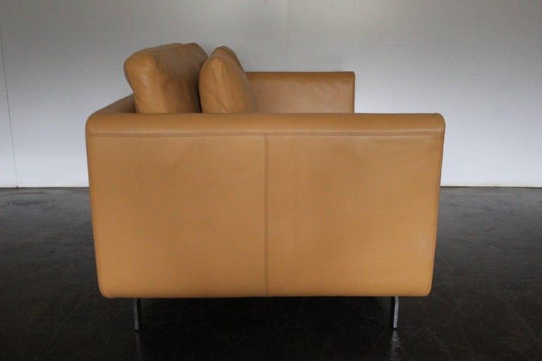 German Pair of Walter Knoll Two-Seat Sofas in Pristine Pale-Tan Leather