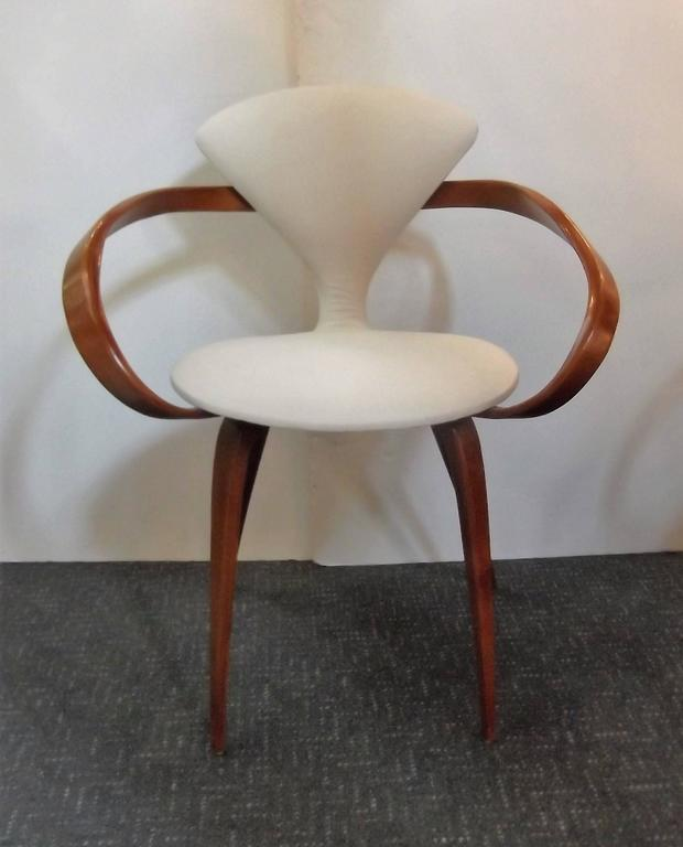 Near Pair of Norman Cherner Pretzel Chairs 2