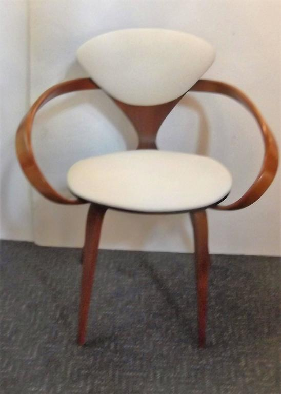 Near Pair of Norman Cherner Pretzel Chairs 3
