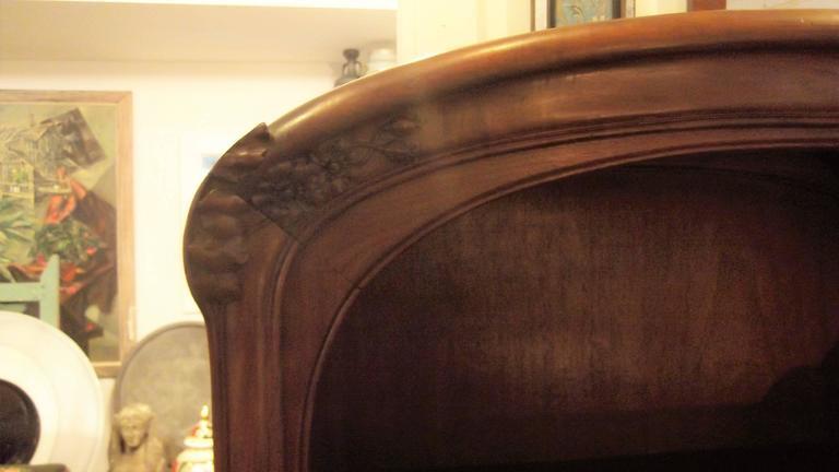 Art Nouveau Secretaire Abattant Desk in the Manner of Louis Marjorelle In Excellent Condition For Sale In Lambertville, NJ