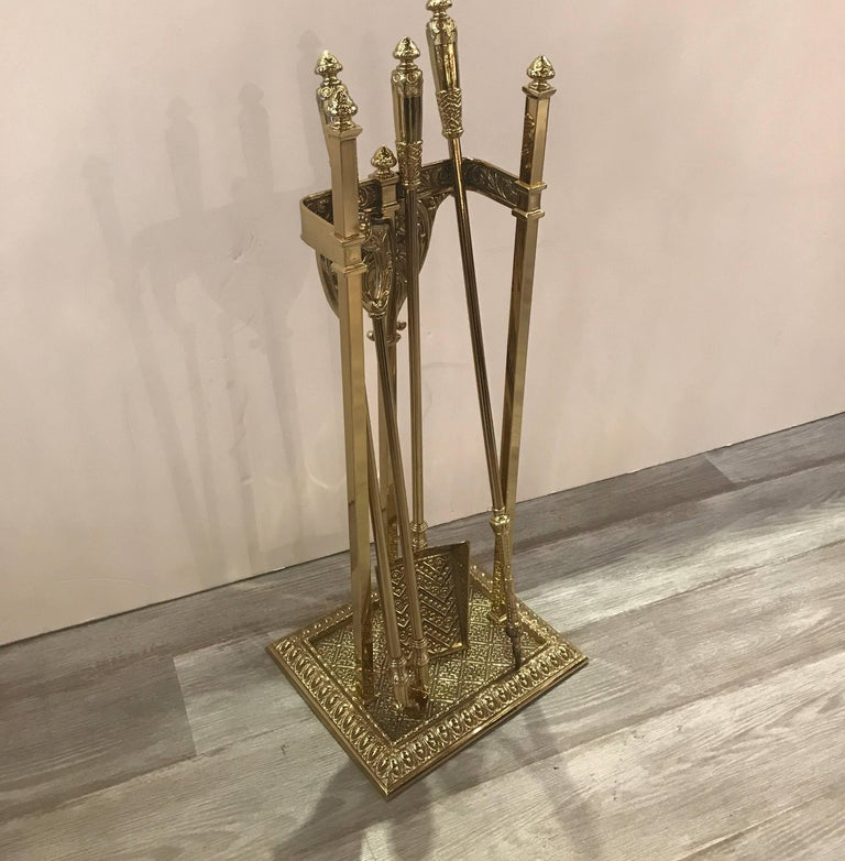Early 20th Century English Fireplace Stand with Tool Set For Sale