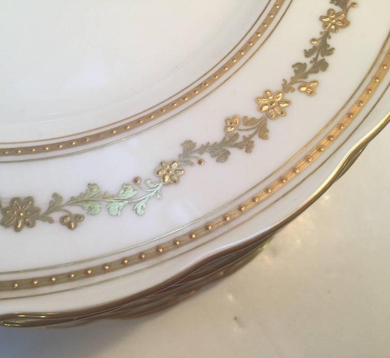 Porcelain Set of 12 English Dinner Service Plates For Sale