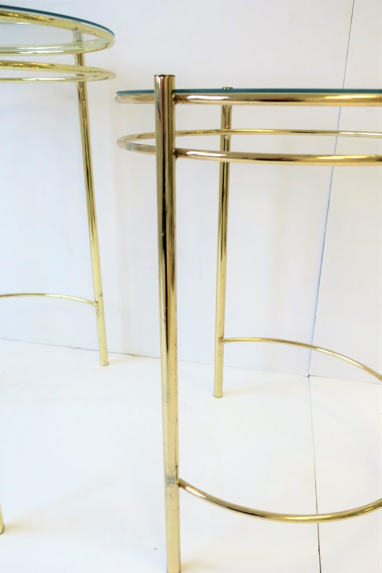 Set Round Brass and Glass Nesting End or Side Tables For Sale 4