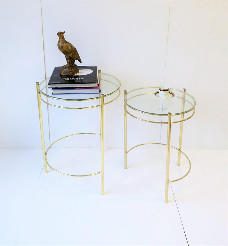 Set Round Brass and Glass Nesting End or Side Tables In Good Condition For Sale In New York, NY