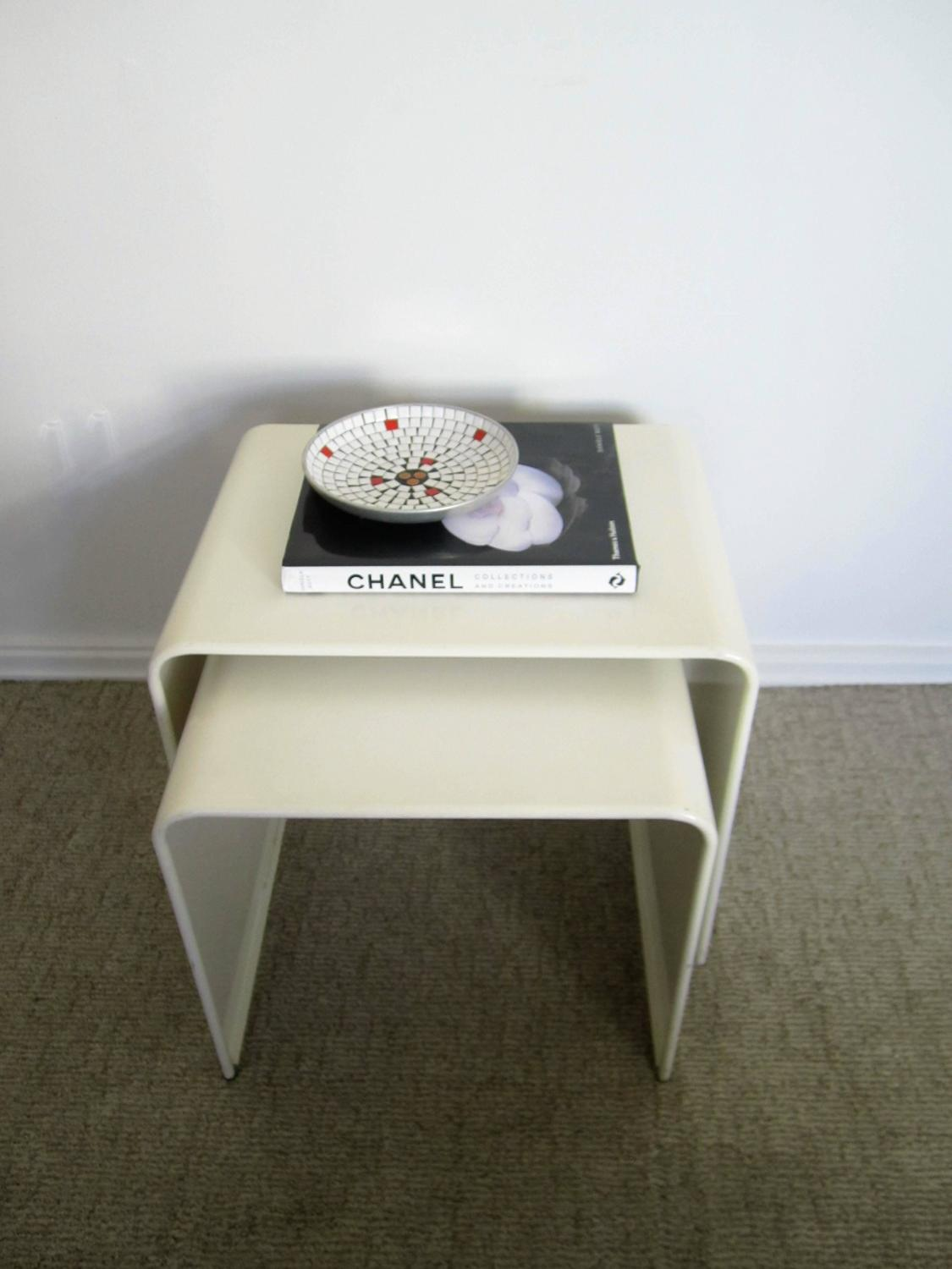 Vintage Modern White Enameled Nesting End Or Side Tables At 1stdibs. Full resolution  image, nominally Width 1125 Height 1500 pixels, image with #3E3A29.