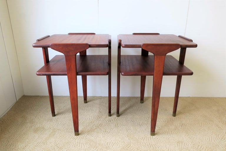 20th Century Pair Midcentury End or Night Stand Tables For Sale