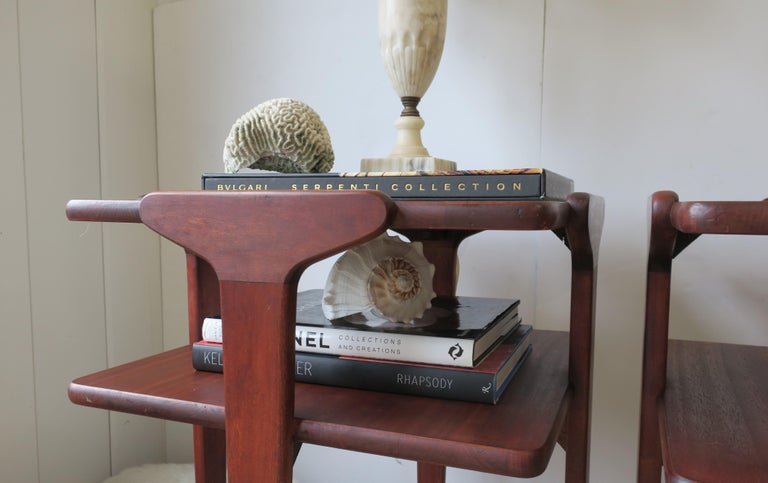 Pair Midcentury End or Night Stand Tables For Sale 9