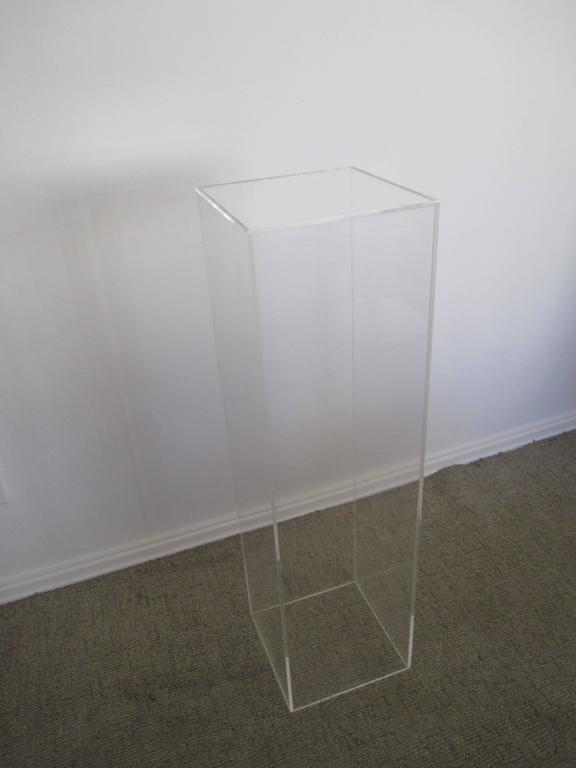 uk size display pedestals co wonderful clear height this acrylic carewjones inch pin displaying xylem ltd x pedestal
