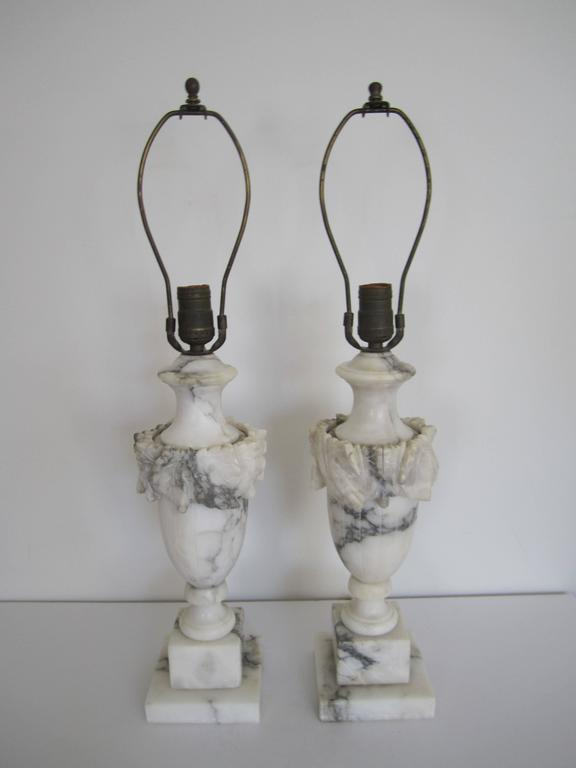 Vintage Classic Solid White And Black Marble Urn Lamps