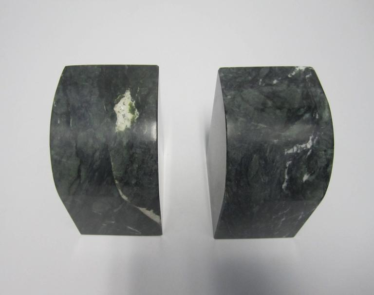 Late 20th Century Pair Modern Italian Green and White Marble Bookends For Sale