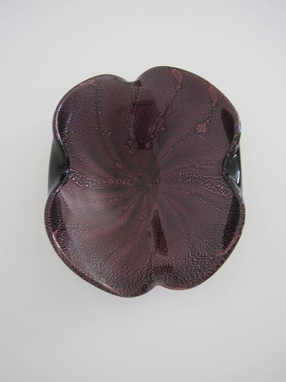 Mid-20th Century Midcentury Italian Murano Black and Purple Art Glass Bowl For Sale