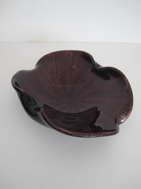 Midcentury Italian Murano Black and Purple Art Glass Bowl For Sale 2