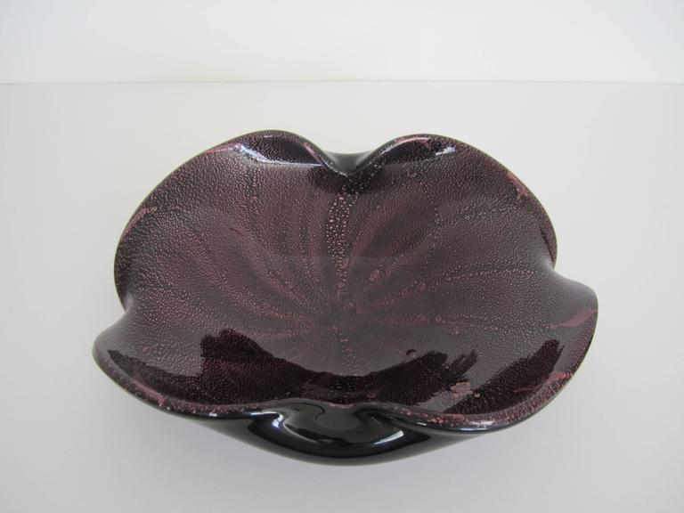 Midcentury Italian Murano Black and Purple Art Glass Bowl For Sale 4