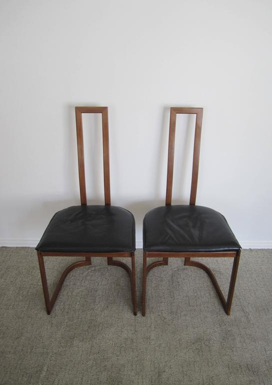 Pair of Modern Italian Side Chairs In Good Condition For Sale In New York, NY