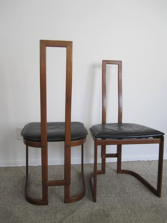 20th Century Pair of Modern Italian Side Chairs For Sale