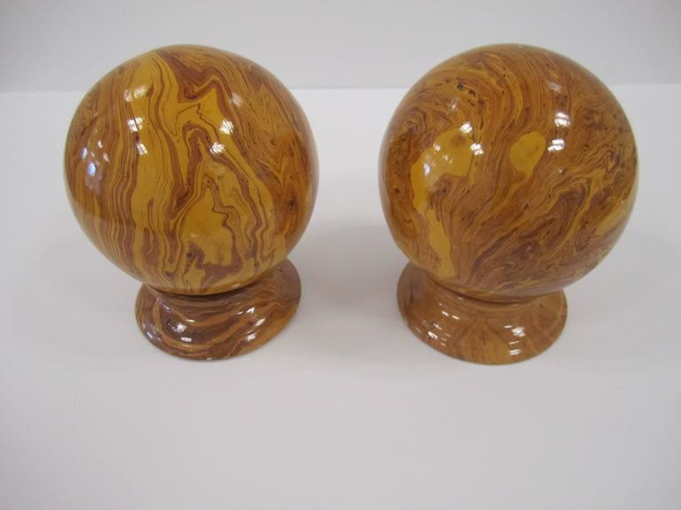 Italian Yellow Pottery Marbleized Decorative Spheres on Pedestal Bases For Sale 1