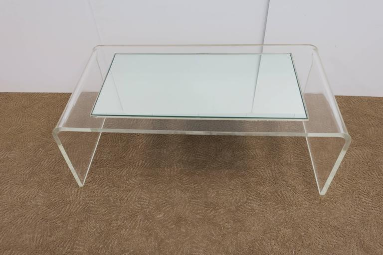 Late 20th Century Modern Lucite Waterfall Coffee Table  For Sale