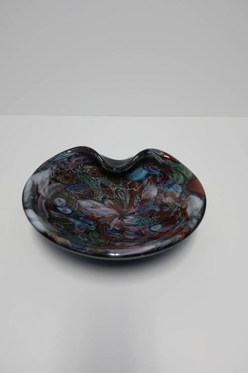 Black and Mulit-Colored Italian Murano Art Glass Bowl For Sale 3