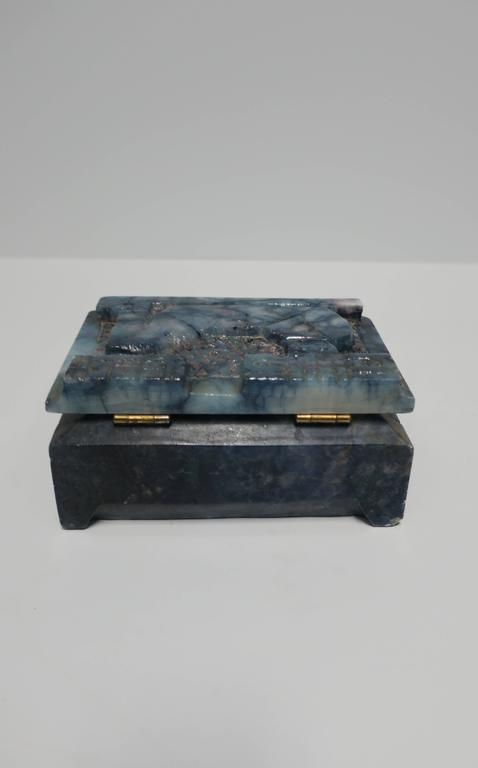 Blue and White Marble Carved Jewelry Box For Sale 5