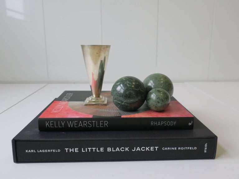 Set of 3 art deco modern green marble decorative or desk sphere 39 s 1970s for sale at 1stdibs - Deco moderne flat ...