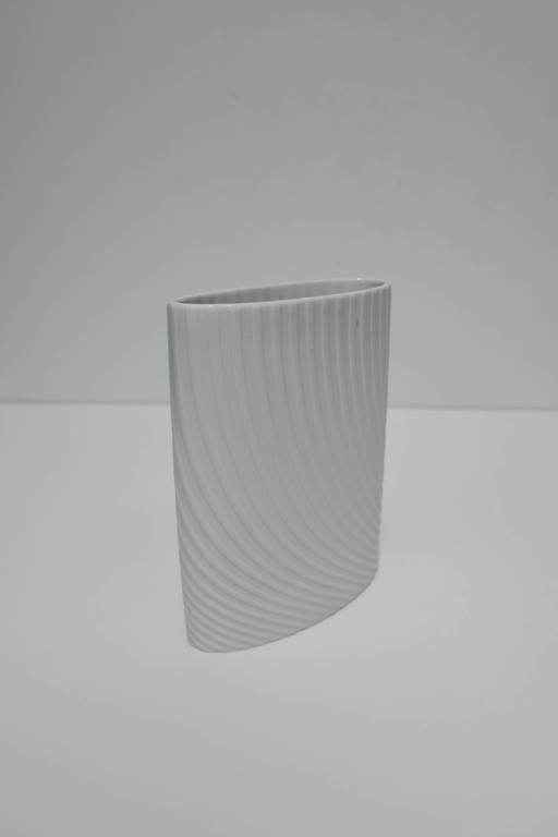 White Matte Porcelain Ceramic Pottery Vase by Rosenthal For Sale 1