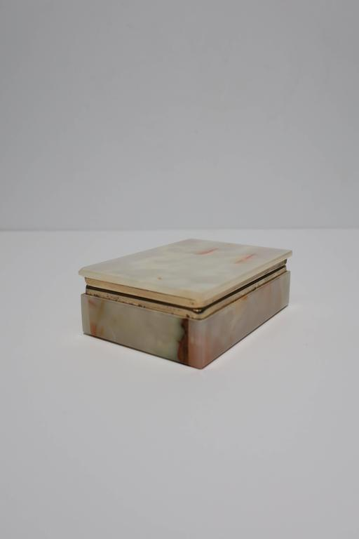 Modern Italian Onyx Marble Jewelry Box In Good Condition For Sale In New York, NY