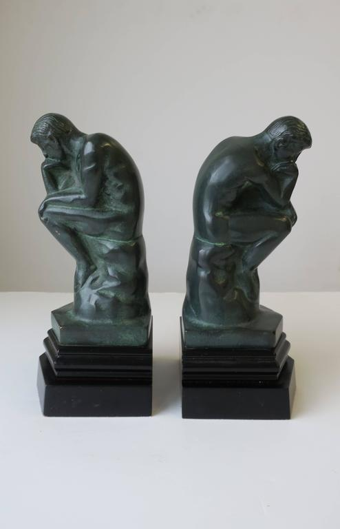 Pair of Black and Green Male Sculpture Bookends In Excellent Condition For Sale In New York, NY