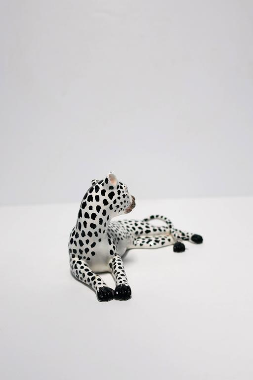 Italian Art Deco Black and White Cheetah Leopard Cat Sculpture For Sale 1