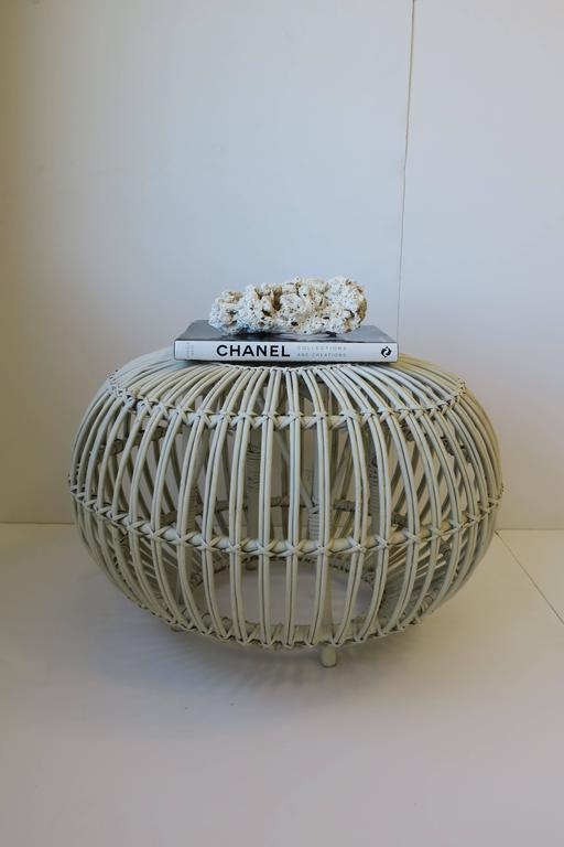20th Century Vintage Midcentury Round White Rattan Stool or Side Table by Franco Albini For Sale