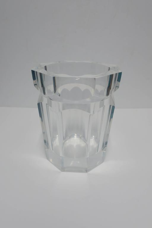 A beautiful and substantial Modern style faceted Lucite Champagne or wine cooler/holder or ice bucket. Circa 1990s. Piece measures 1 inch thick or more.  Item available here online. By request, item can be made available by appointment to the Trade
