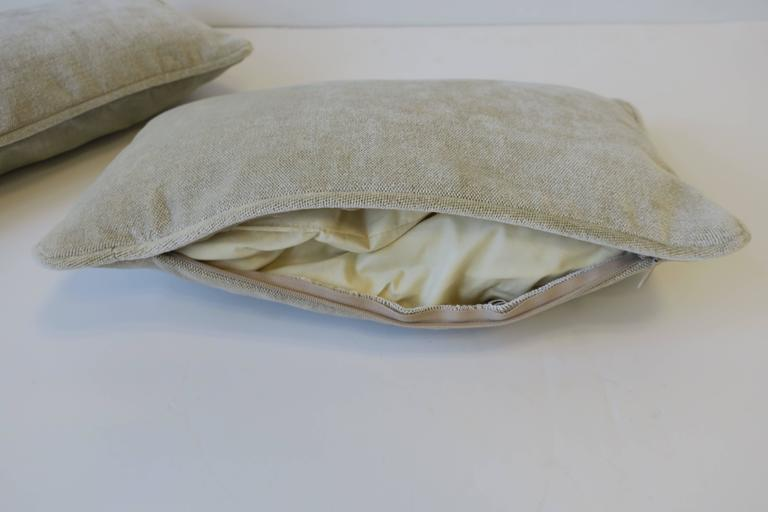 Pair of Small Throw or Accent Pillows in Champagne For Sale 5