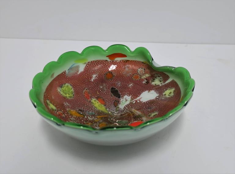 Italian Murano Bright Green Art Glass Bowl For Sale 2