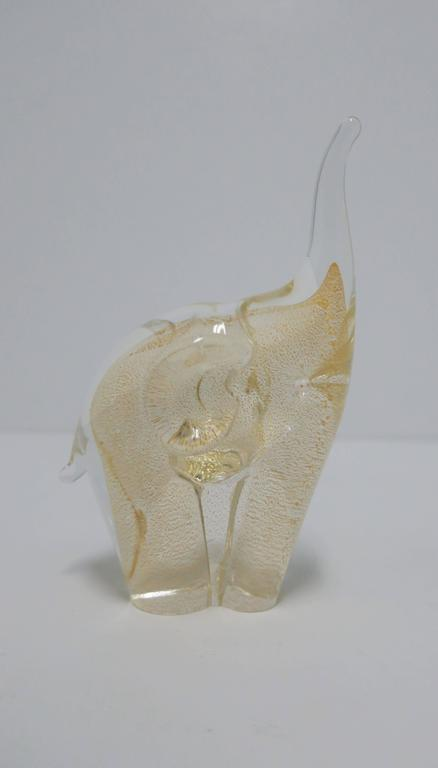 Clear and Gold Art Glass Elephant Sculpture In Excellent Condition For Sale In New York, NY