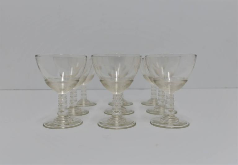 Early 20th Century Set of 9 Modern Clear Glassware Set, 1920s For Sale
