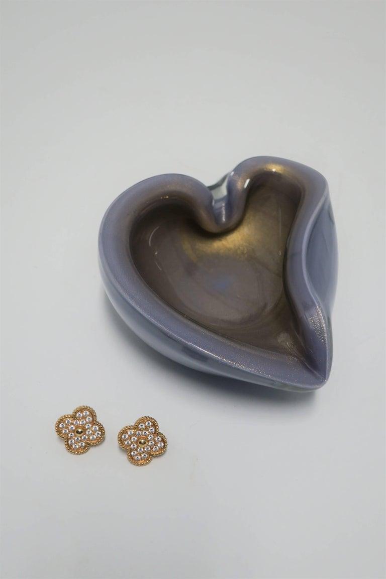 Mid-20th Century Italian Purple Lavender and Gold Murano Art Glass Bowl