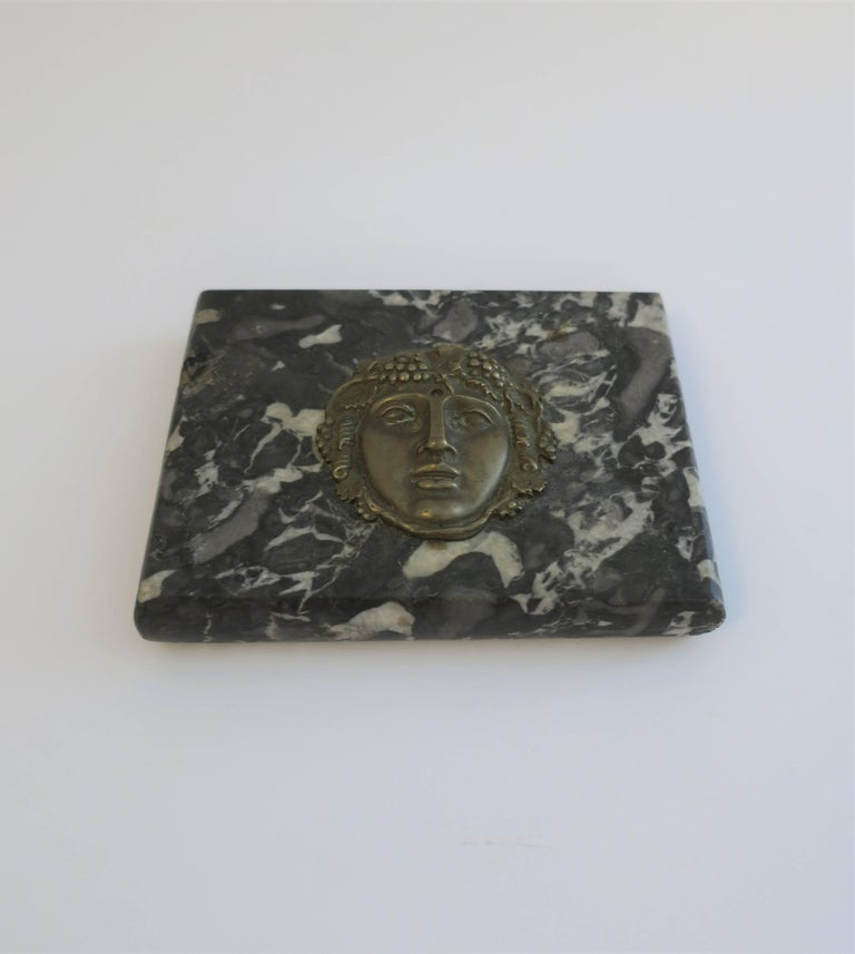 Italian Black and White Marble and Brass Sculpture Paperweight In Good Condition For Sale In New York, NY