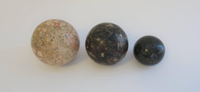 Set of Vintage Modern Marble Stone Spheres, 1970s For Sale 1
