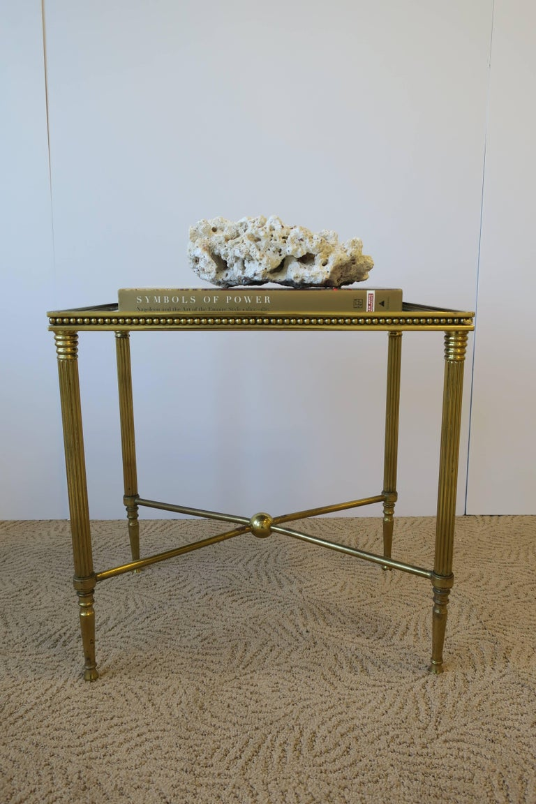 20th Century Midcentury Italian Brass and Glass End or Side Table For Sale