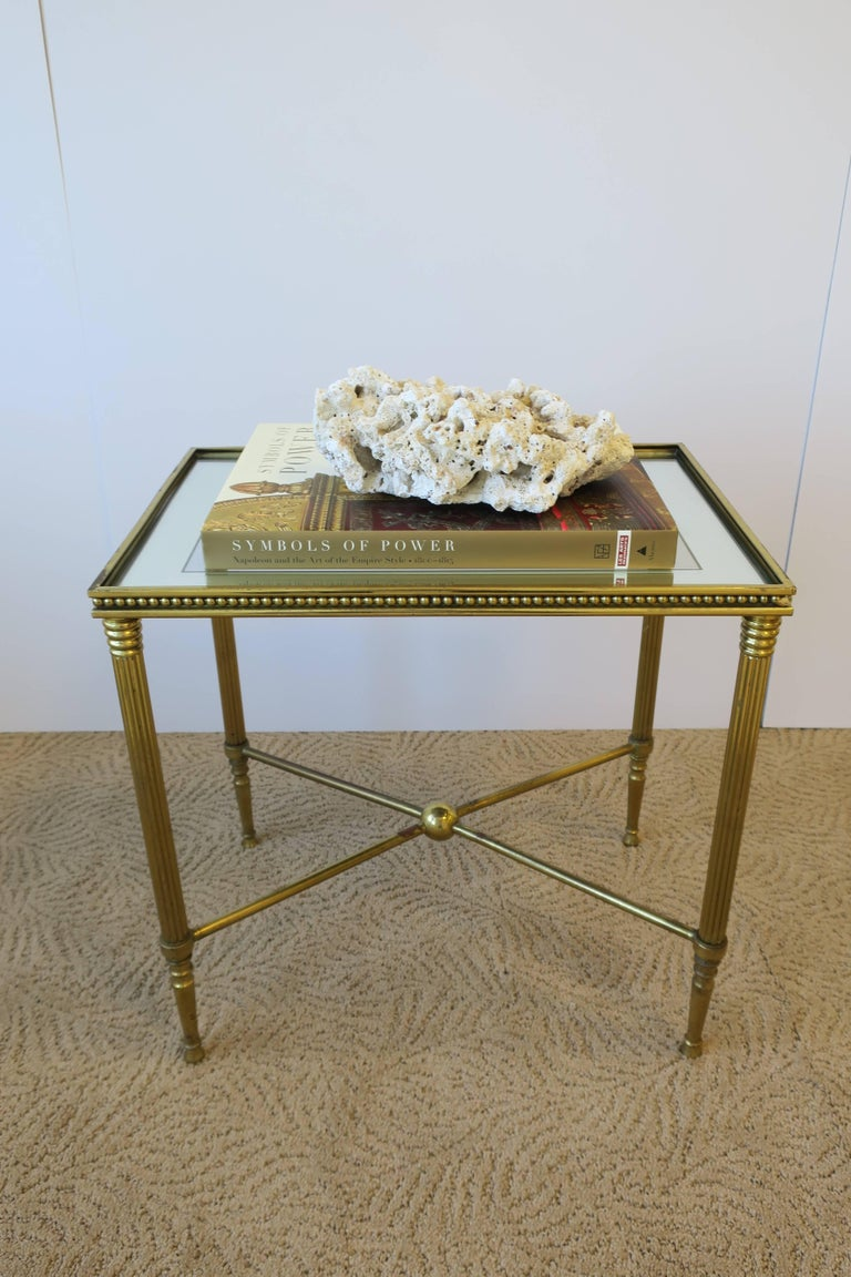 Midcentury Italian Brass and Glass End or Side Table In Good Condition For Sale In New York, NY