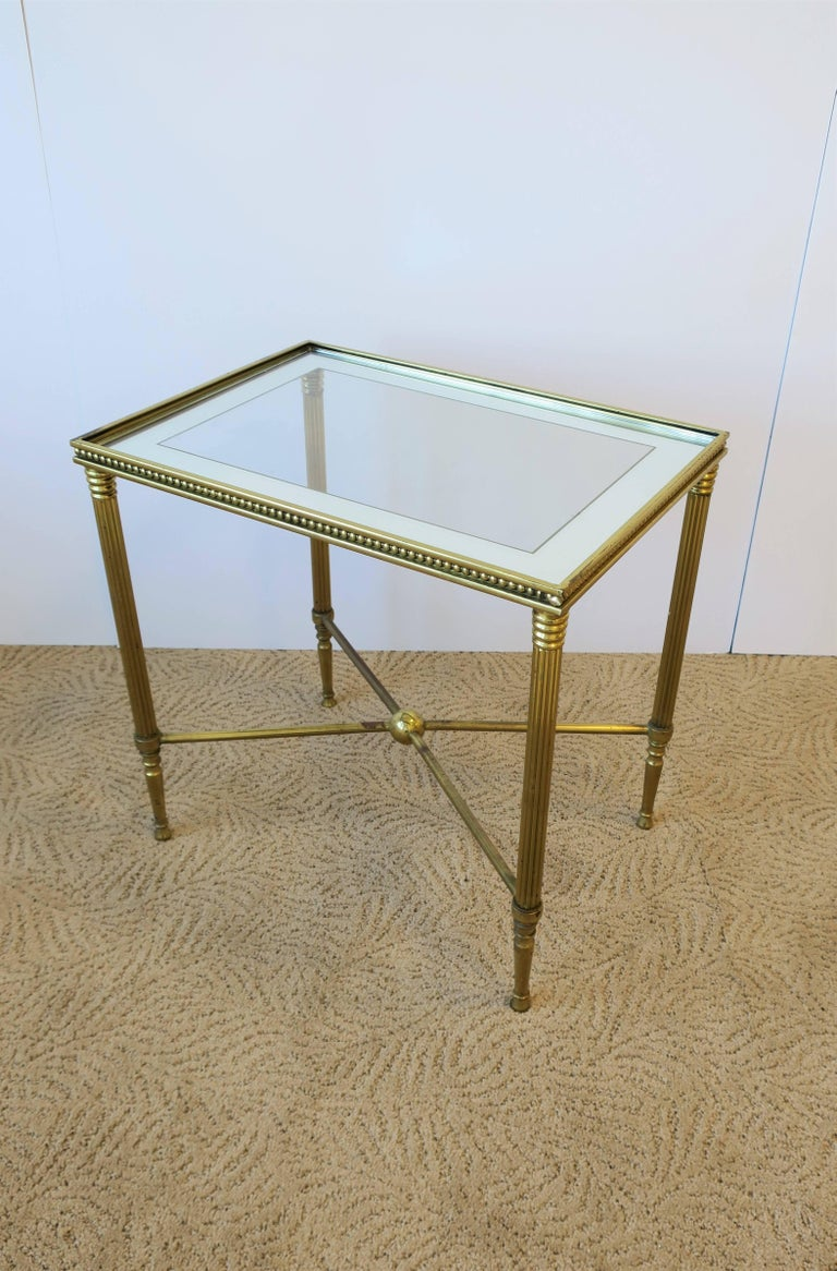 Midcentury Italian Brass and Glass End or Side Table For Sale 4