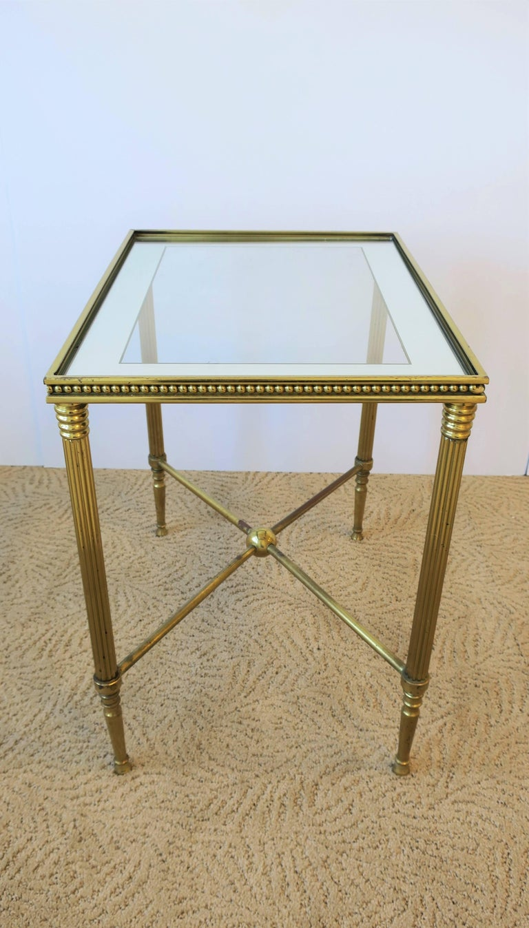Midcentury Italian Brass and Glass End or Side Table For Sale 1