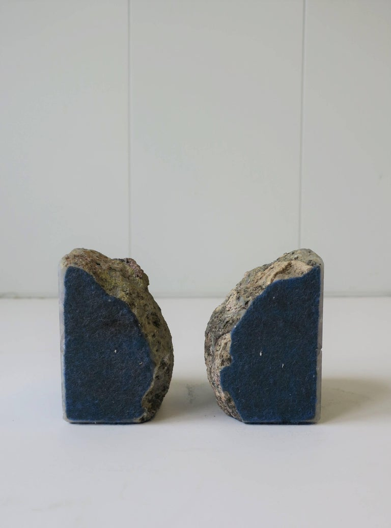 Pair Vintage Blue and White Geode Rock Crystal Bookends or Decorative Objects For Sale 3