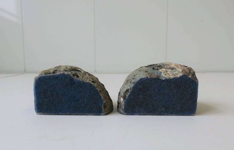Pair Vintage Blue and White Geode Rock Crystal Bookends or Decorative Objects For Sale 4