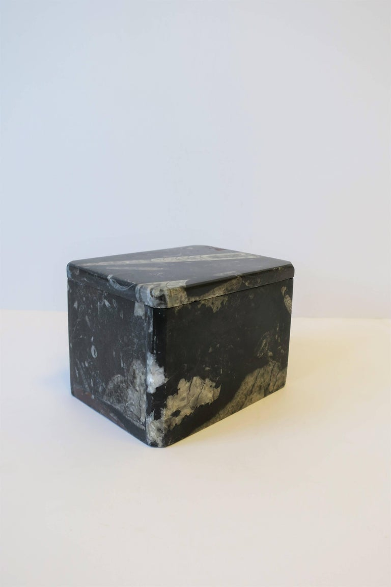 Modern Black and White Stone Jewelry Box For Sale 2